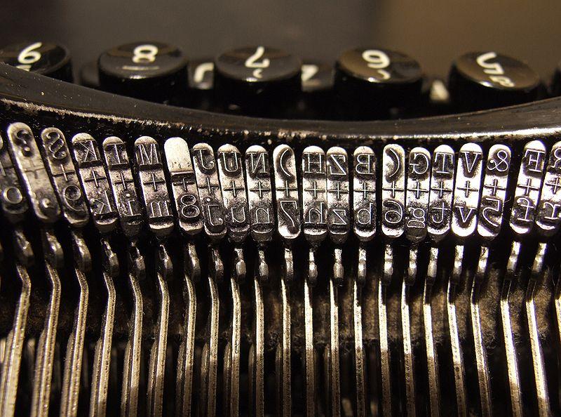 800px-Typewriters